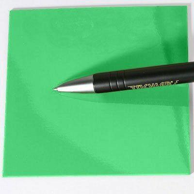 Suelo verde brillante